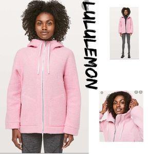 LULULEMON So Sherpa Hooded jacket.
